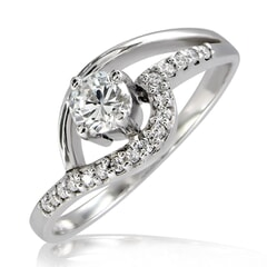 18K Gold and 0.35 Carat F Color VS2 Clarity Diamond Ring