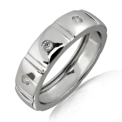 18K Gold and 0.05 Carat F Color VS Clarity Men's Diamond Band