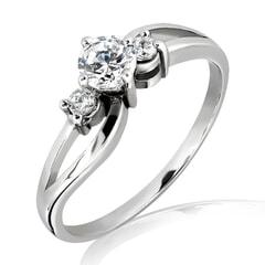 18K Gold and 0.32 Carat E Color VS Clarity Diamond Ring