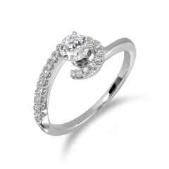 18KT Gold and 0.46 Carat D Color VS1 Clarity GIA Certified Diamond Ring