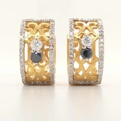 18K Gold and White diamond 0.67 carat and Black Diamond 0.20 carat Earring
