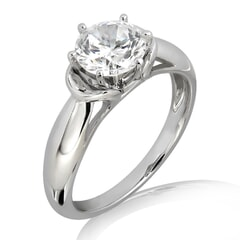 Duangkamol - 18KT Gold and 0.30 carat Solitaire Engagement Diamond Ring with Certificate