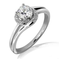 18K Gold and 0.30 Carat E Color VS2 Clarity Diamond Ring