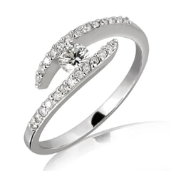 18K Gold and 0.30 Carat F Color VS2 Clarity Diamond Ring