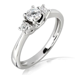 18KT Gold and 0.30 carat Three Stone Engagement Ring with Certificate