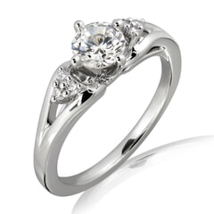 18K Gold and 0.26 Carat E Color VS2 Clarity Diamond Promise Ring