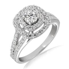 18K Gold and 0.75 Carat E Color VS1 Clarity Diamond Ring