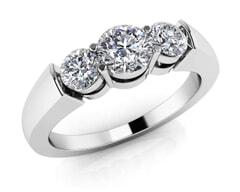 18KT Gold Three Stone Diamond Anniversary Ring