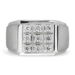 18K Gold and 0.29 Carat E Color and VS2 Clarity Diamond Designer Band