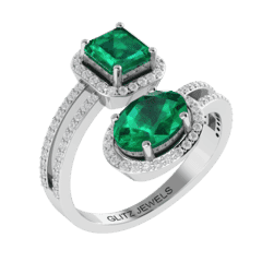 18KT Gold Ring with 3.25 carat Natural Emerald with 0.50 carat Diamonds