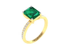 18KT Gold Ring with 2.70 carat Natural Emerald with 0.24 carat Diamonds