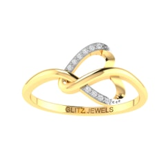14K Gold and 0.04 carat Round Diamond Heart Ring