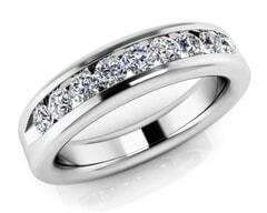 18KT Gold Ten Stone Diamond Anniversary Ring