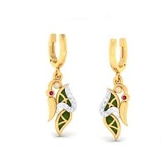 18K Gold Earring and 0.15 carat Diamonds