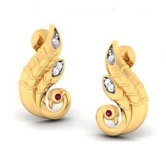 18K Gold Earring and 0.06 carat Diamonds